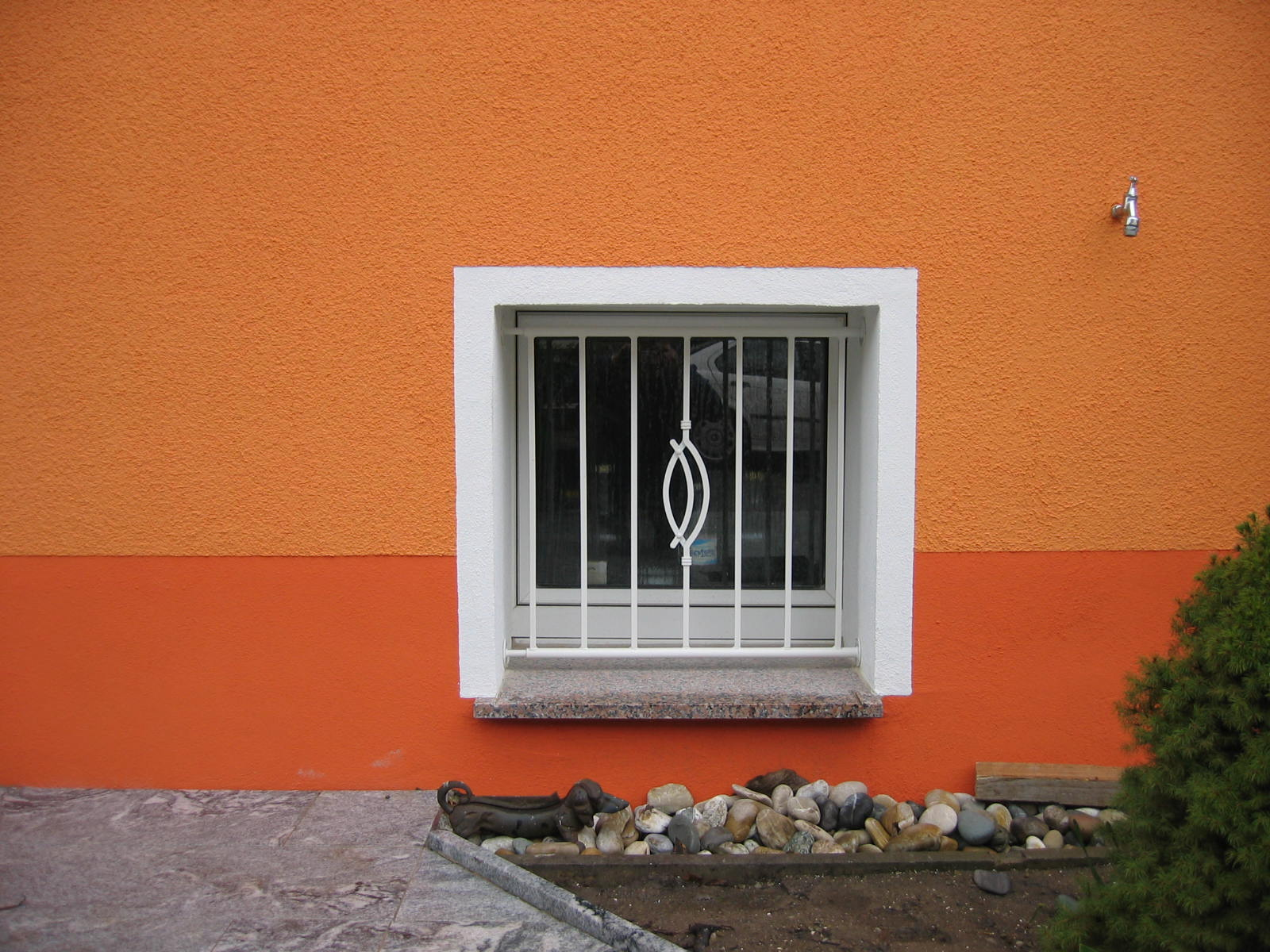 Fenstergitter.JPG